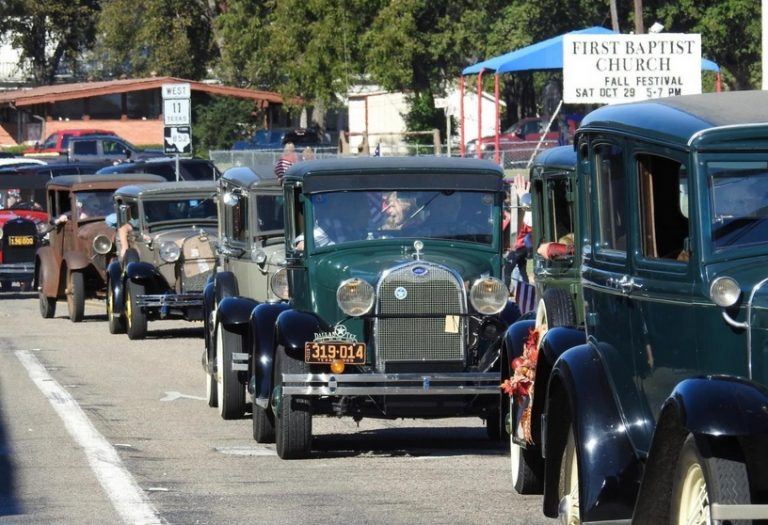 Annual Antique Car Parade