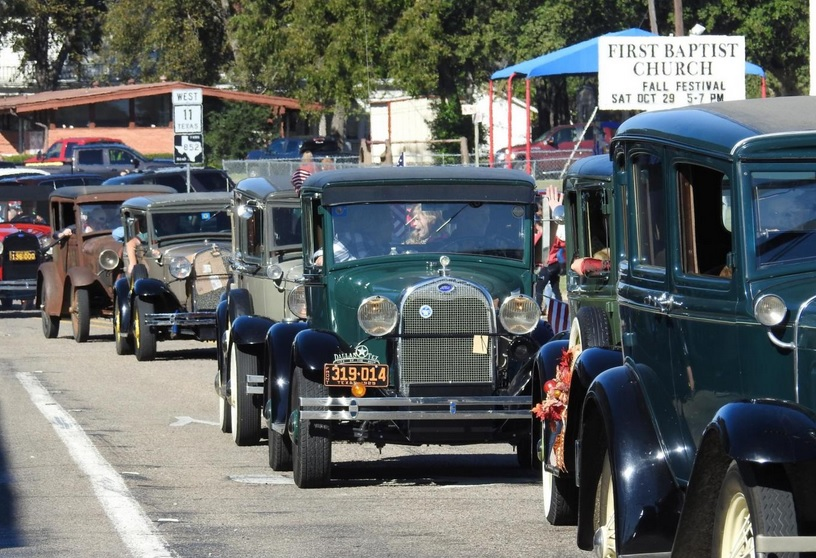 October - Antique Car Parade